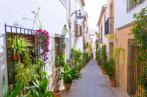 Costa Blanca properties for sale in the North of Costa Blanca from Your Place in Spain in Manchester includes thousands of beautiful and affordable villas, apartments and townhouses.